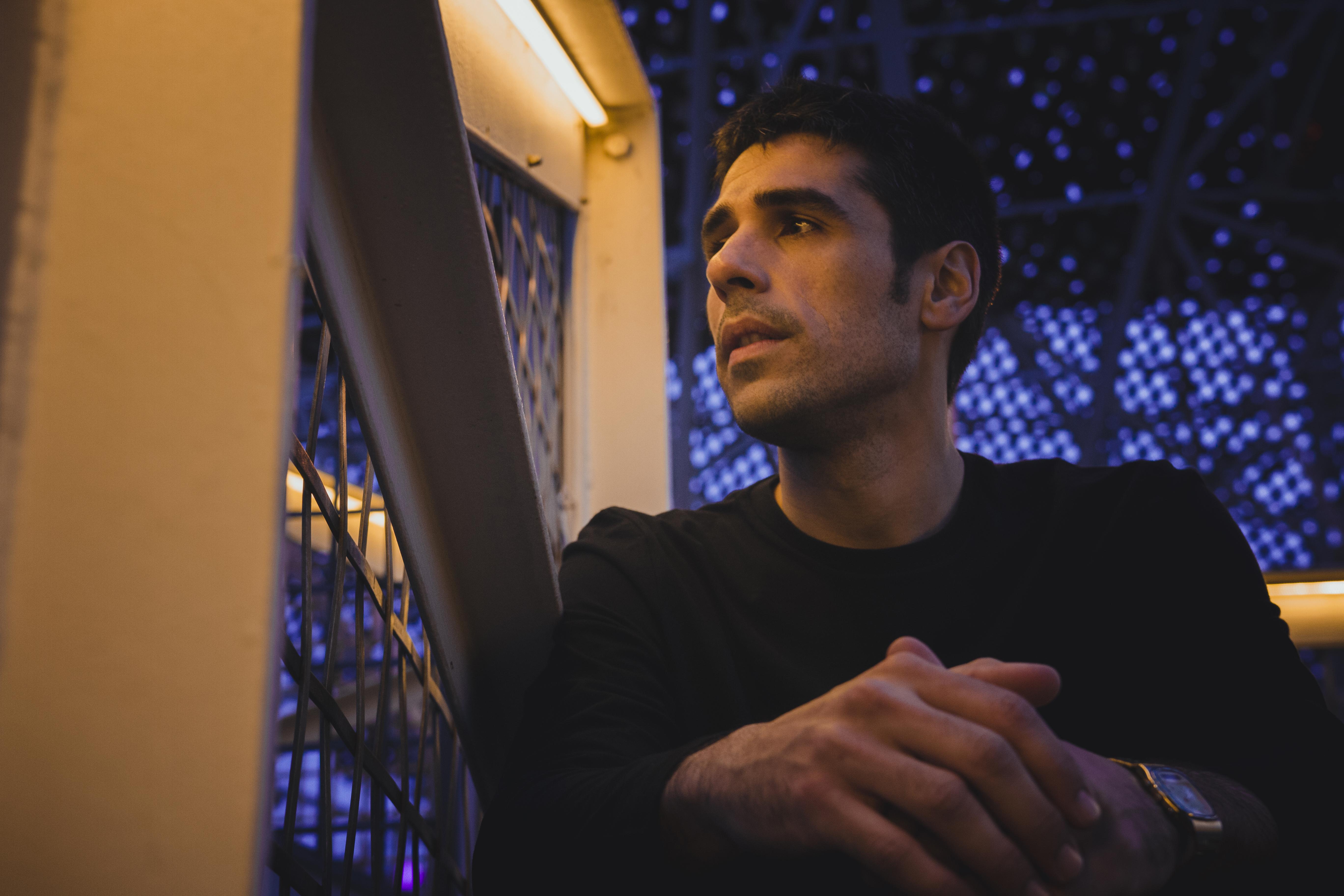 ALBERTO AMAYUELAS 4 - Gerard Julian